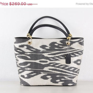 ON SALE-30% OFF Ikat Bag - Black and White Ikat Design - Shoulder Bag for Ladies - Tote Bag with Gold Accessories