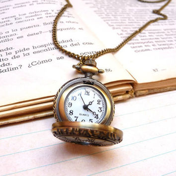Romantic pocket watch necklace  Gift for her by Cosesmones on Etsy