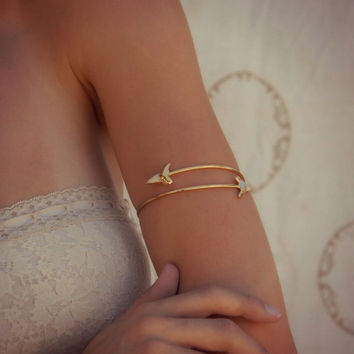 Upper Arm Cuff /// Lux Divine Double Shark Tooth Wrap Gemstone Arm Wrap/// Gold or Silver