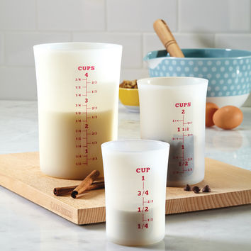 Cake Boss 3 Piece Liquid Measuring Cup Set