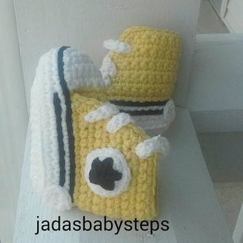 Crochet Converse Infant / Baby Booties - Yellow/Black ( Steelers Themed)