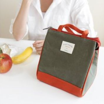 Small Fleur Blanche Lunch Bag