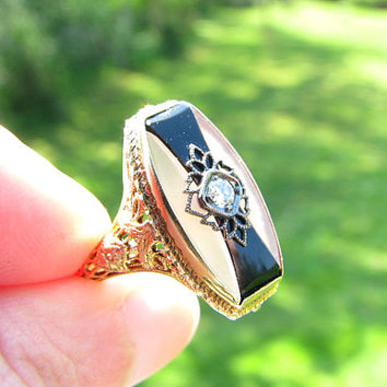 Art Deco Diamond Ring with Rock Quartz and Onyx, Very Striking, Old European Cut Diamond, Intricate Filigree, Flower Blossoms