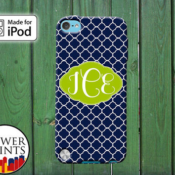 Navy And Green Quatrefoil Pattern Cursive Custom Monogram for iPod Touch 4th Generation and iPod Touch 5th Generation Gen Plastic Rubber