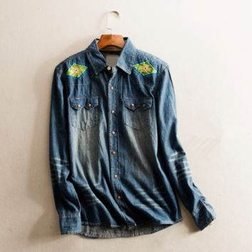 Spring new women embroidered long-sleeved denim jacket version of Slim thin shirt