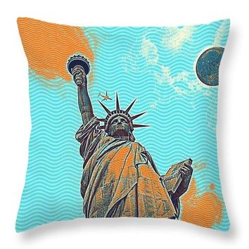 The Fool Blood Moon And The Lady Liberty  5 - Throw Pillow