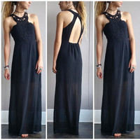 Athena Maxi in Black