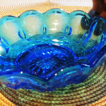 Anchor Hocking blue glass handled bowl in original box
