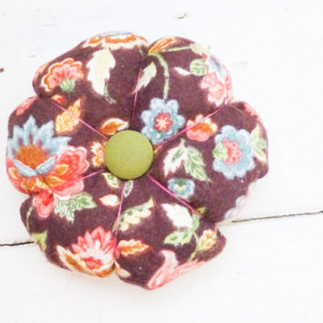 Fabric pincushion, sewing pincushion, quiliting pincushion, quilter's gift, ready to ship, hand sewing, needle holder, pincushion brown