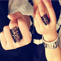 Fashion Chic Adjustable Hollow Flower Ring Cool Neutral Black/Gold Gift New = 1706039364