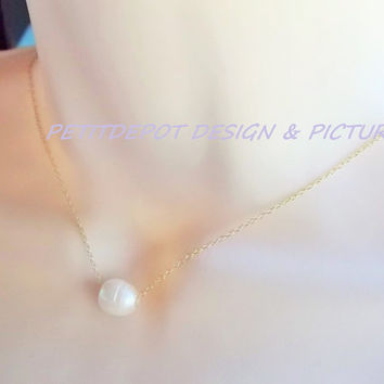 Single Pearl Vermeil Gold Necklace, floating pearl gold necklace, bride necklace, white pearl necklace, one pearl necklace