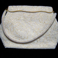 Beaded White Butterfly Bridal Purse, Opalescent Glass Seed Beads, Bugle Bead Design, Mid Century Evening Bag, Retro Chic 1217