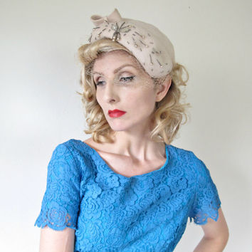 1950's Hat, Bridal, Birdcage Veil, VINTAGE, PINUP, WEDDING, Cloche hat, Fall, Winter