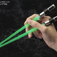 STAR WARS YODA LIGHT UP LIGHTSABER CHOPSTICKS FOR JAPANESE MARKET GREEN