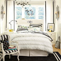 Black and White Bedding & Dandy Dot Addison Bedroom