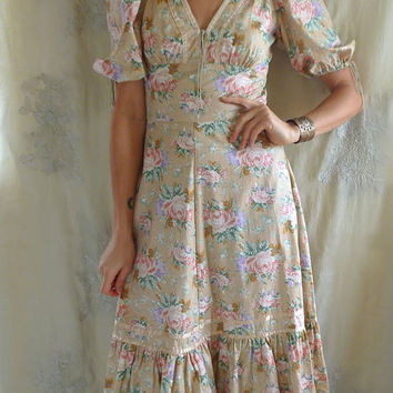 Vintage Floral Prairie Dress... S/M... boho hippie whimsical country woodland bridesmaid free people