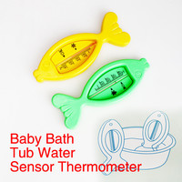 Baby Care Bath and Shower Water Thermometer Lovely Plastic Floating Fish Toy Baby Bath Tub Water Sensor Thermometer Random Color
