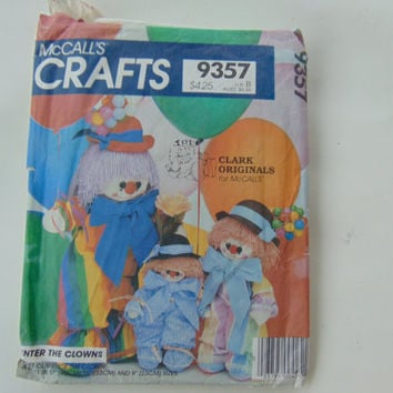 McCall's Crafts 9357 Enter The Clowns Clarence The Clown 9, 13, 17 inch Dolls Sewing Pattern