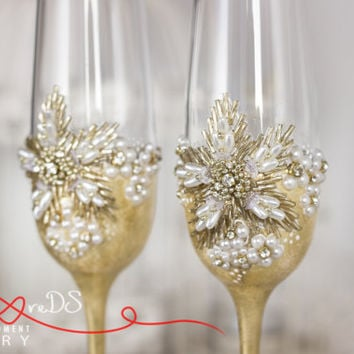 Pearls & Gold Wedding Glasses, Rhinestone Wedding Champagne Flutes, Gold and Crystals Toasting Glasses, Luxury. 2 pcs /G1/12/16-0001