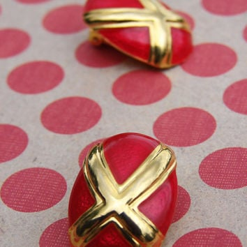 Vintage Iridescent Red Clip On Earrings Metallic Gold tone Lipstick Rocker Cohiba Flame Fire Jewelry Cherry 80s Retro Chic X Enamel Saucy