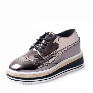 2017 British Women Brogues Shoes Lace Up Flat Platform Walking Shoes Women Oxfords Vin