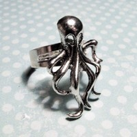 Squid Charm Ring, Nautical Cephalopod Kraken Cthulhu Octopus