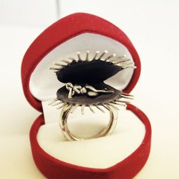 Venus Fly Trap Ring Sterling Silver by donmoti on Etsy
