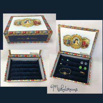 Nicaraguan Cigar Box Jewelry Box Ring Stud Earring & Cuff Link Holder Ring Cufflink Tie Clip and Jewelry Display by Michelaneous