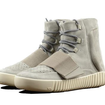 Yeezy Boost 750 (Light Grey)