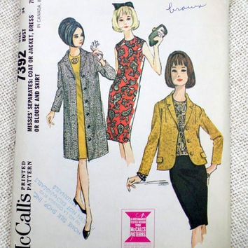 Vintage Pattern McCall's 7392 1960s 1964 Mad Men Ladies skirt suit Bust 34 Blazer jacket Jackie Kennedy Onassis cloth coat shift dress