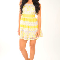 Sun Closing In Dress: Yellow/White | Hope's