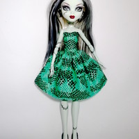 Handmade Monster High Dress Clothes Sweet Heart Dark Green with Black