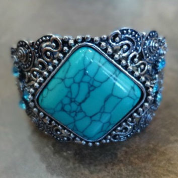 Silver and Turquoise Metal Bracelet