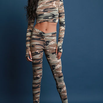 Camouflage V-Hem Crop Top with Legging Set | UrbanOG