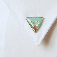 Mint Gold Triangle collar brooch - Geometric collar pin - tiny round clips