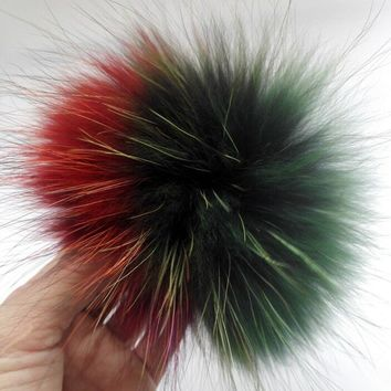 Winter Real Genuine Rainbow Raccoon Fur Pom pom For Knitted Beanies SKullies 15CM Fur Ball Hairy balls For Keychain accessories