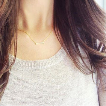 Minimalist Tiny Arrow Neckalce - 18K Gold Plated