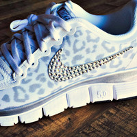 Women's Nike Free 5.0 v4 White/Wolf Gray/Metallic Silver size 12 with Swarovski crystal details