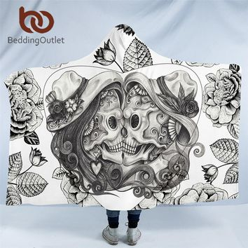 BeddingOutlet Skull Couple Hooded Blanket Vintage Gothic Sherpa Fleece Wearable Throw Blanket Floral Adults Home Textiles
