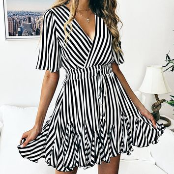 Spring and summer fashion printed striped lace short-sleeved women's dress(Only 1 piece)Black