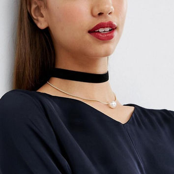 High Quality Pearl and Velvet Necklace Choker +Gift Box-05