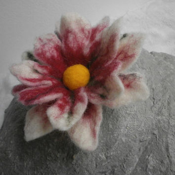 Felted Wool Flower Brooch Red White Wool Felt Brooch Flower Felt Wool Flower Accessories Wet Felt Wool Handmade Wife Jewelry Day Remembrance