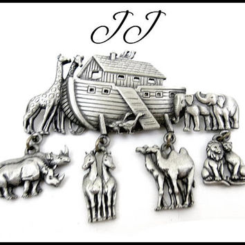JJ Noah's Ark Brooch, Silver Noahs Ark, Pewter Noahs Ark Dangling Animals, Jonette Jewelry, Religious Brooch, Gift for Teenager Gift for Her
