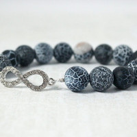 Silver & Denim Blue Crackle Agate Beaded Stretch Bracelet with Infinity Connector, Natural Stone Matte Blue Agate Jewelry, Boho Beach Style