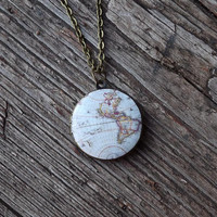 World vintage map locket necklace- Antique world map- For traveler- retro space- globetrotter- Gift for her, for mom- FREE SHIPPING