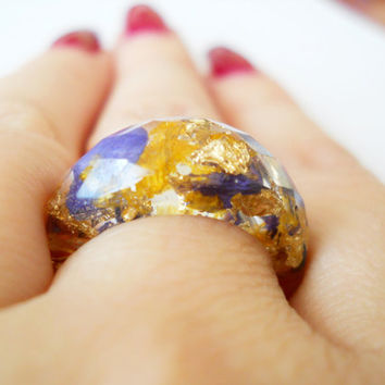 Real flower resin ring, faceted ring, cocktail ring, botanic resin ring, gold foil flakes ring, chunky ring, larkspur ring, freesia ring