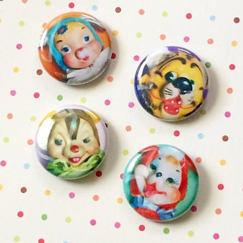"RUBBER FACE FRIENDS 4 pack / 1"" Pins Buttons Blythe Doll"