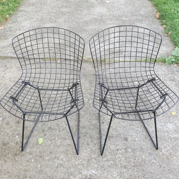 vintage 1950's harry bertoia black wire chairs pair set of 2 furniture mid century modern retro seat eames era knoll decorative home decor