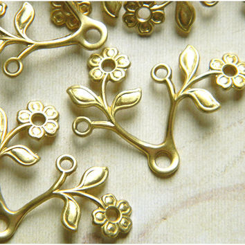 Raw Brass Flower Leaf Stamping Drop Embellishment 28mm x 22mm - 6 pcs.