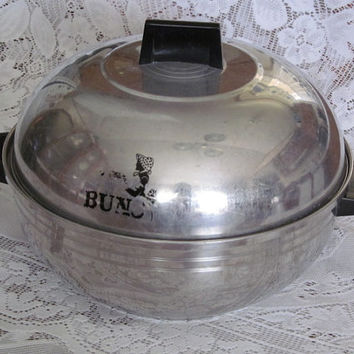 West bend Serving Oven Buns Warmer Aluminum 2 pc. Made in USA